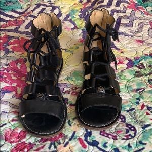 Blk gladiator style sandals